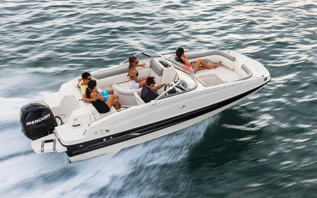 Bayliner 190 Deck Boat