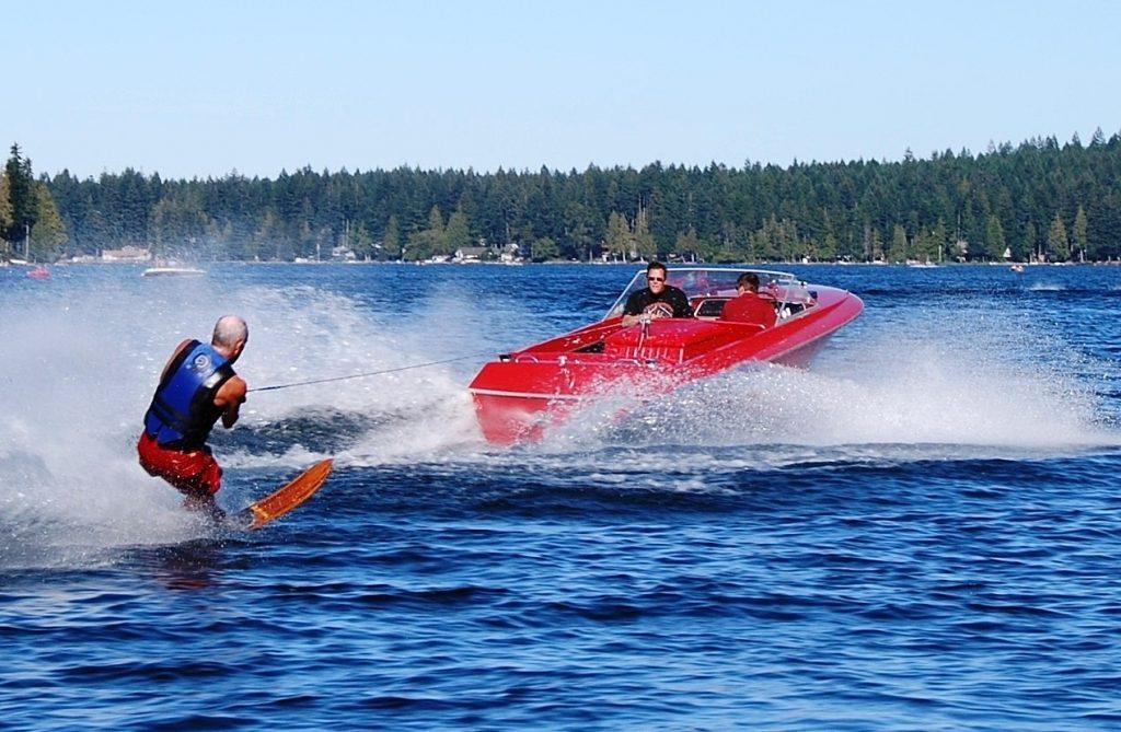 Ski and Wakeboard Boats