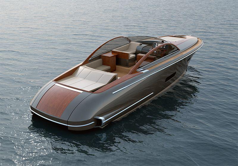 luxury bowrider